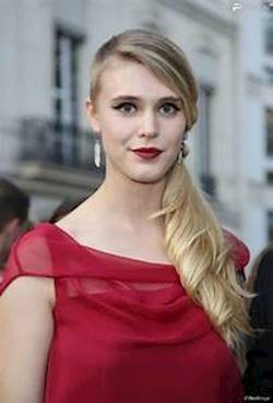 Photo of Gaia Weiss